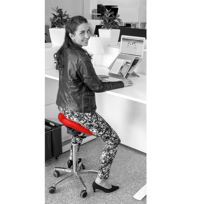 אדום כסאות אוכף שולחן עמידה ישיבה SALLI טופ קומרס ציוד ארגונומי למשרד