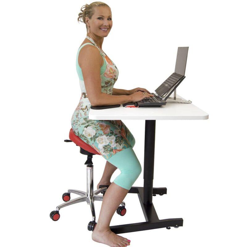 כסאות אוכף שולחן עמידה ישיבה SALLI טופ קומרס ציוד ארגונומי למשרד