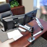 זרוע למסך מחשב ארגונומית מתכווננת – E-45-248-026 – LX Dual Stacking Arm תוצרת ארגוטרון – Ergotron