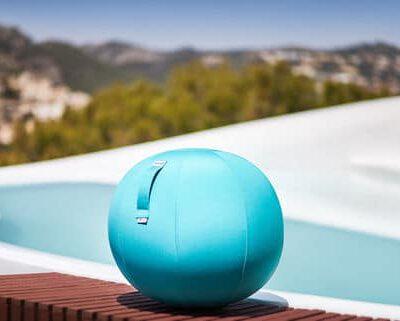 כדור ישיבה ארגונומי – VLUV AQUA – תוצרת HOCK – כחול לשימוש חצוני