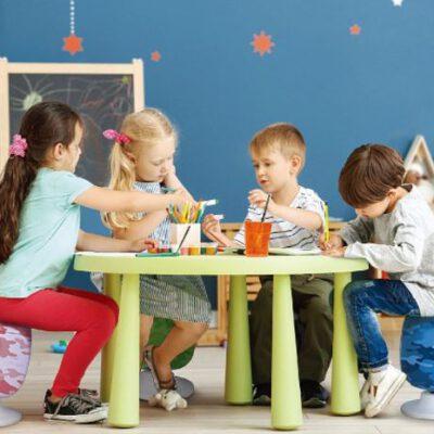 כיסא דינמי מתכוונן לילדים – BONBON במגוון צבעים